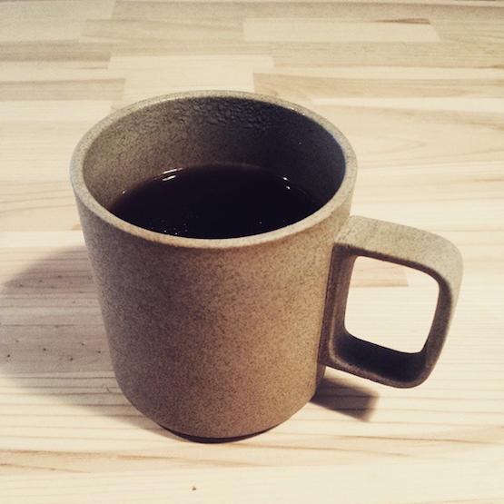 ハサミポーセリン マグカップ