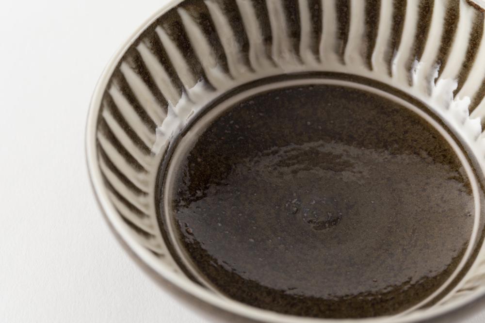 4寸小鉢 刷毛目 内黒