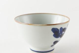 いろは茶碗 菊文