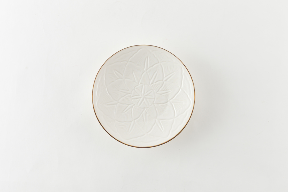 花彫皿 中皿 渕錆