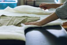 【もんぺ博特集】久留米絣の定義を考えることは、未来を考えること。ルーツを汲みながら、新たな布作りへ。/ 織元インタビューシリーズ #9 宮田織物