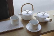 【商品紹介】お茶所佐賀・嬉野で作られる224 porcelainの茶器