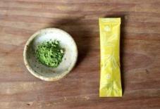 【商品紹介】ペットボトルに入れるだけ、粉末緑茶
