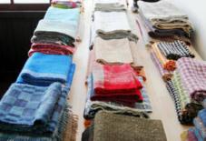 【日々のこと】手織り手紡ぎ羊毛展スタート!
