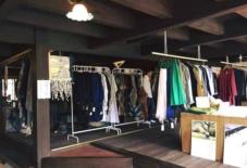 【5社合同商談・販売会】日本のこだわりテキスタイルで作られた洋服、ずらっと並んでます!
