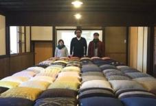 【日々のこと】琉球絣×久留米絣クッション展、設営完了!今日から開催!