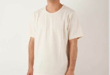 【日々のこと】ボケーっと口をあける私とTシャツ。
