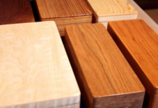 お弁当の木の素材。