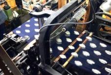 【MONPE博覧会in東京】織り機の左側と右側で・・・