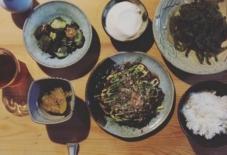 【今日のごはん】沖縄からの土産とお好み焼き。