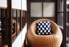 てんごや – 竹編み椅子大