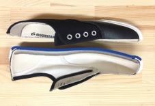 【雑感にょろり】スニーカーの意外な語源とは。日本の履物文化とゴムの出会い。