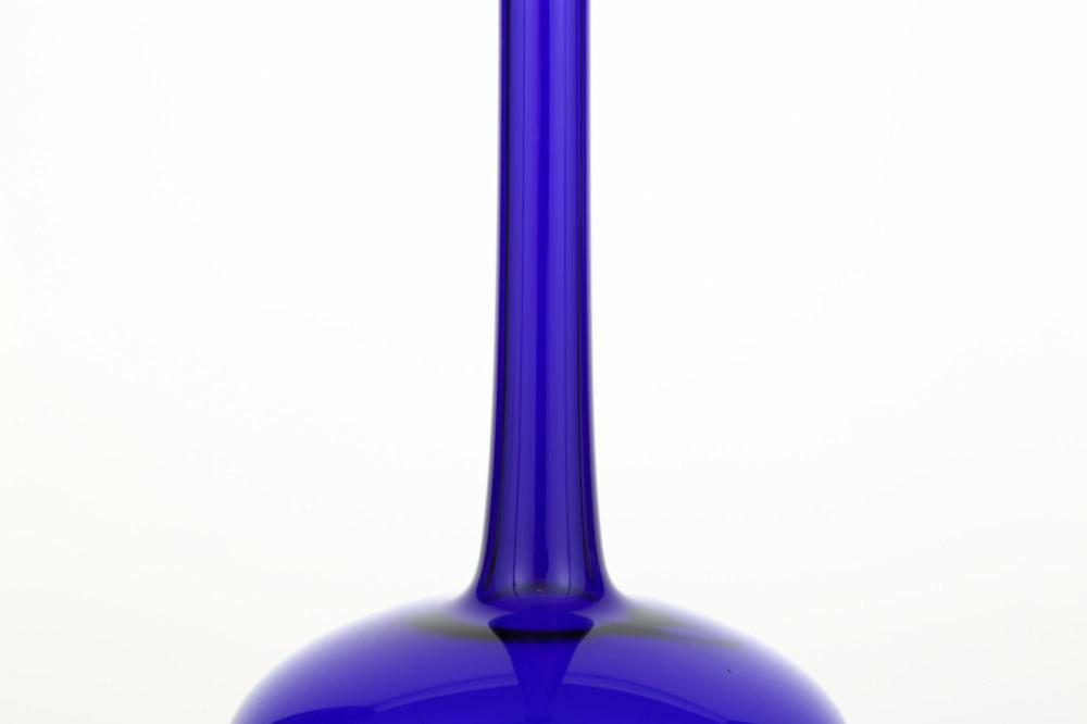 台付つる首花瓶 大