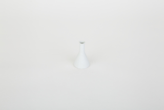 白磁 フラスコ型涙壷